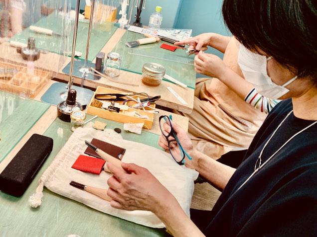 レザークラフト教室ヨコハマセリエの大阪心斎橋教室生徒さんの作品が完成