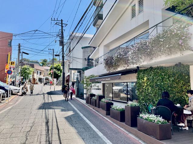 横浜のレザークラフト教室へ向かう途中にあるスタージュエリーカフェ