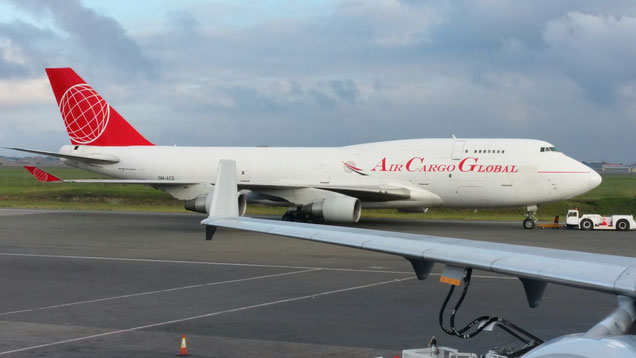 B747-400F of Air Cargo Global at Nairobi Airport. The OM-ACG is meanwhile mothballed  -  photo: CFG / hs