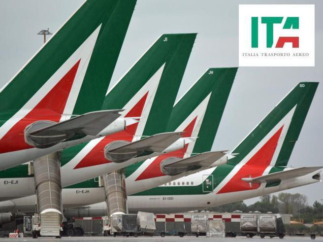 Not only the colors chosen by the newcomer resemble those of the bankrupt Alitalia  -  company courtesy