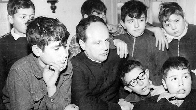 don Milani (1923-1967) e i ragazzi della scuola di Barbiana