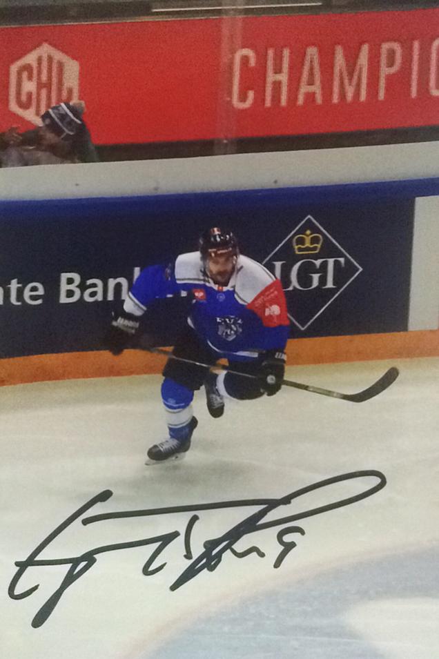 Autograph Garrett Roe Autogramm