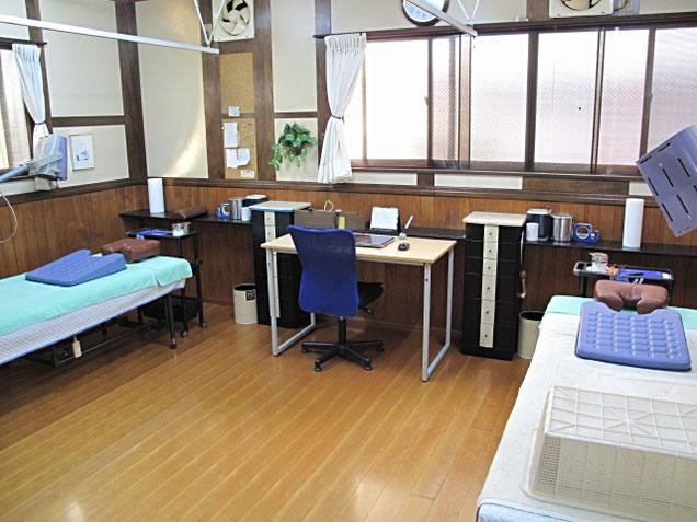 鍼灸六曜館 治療室の写真