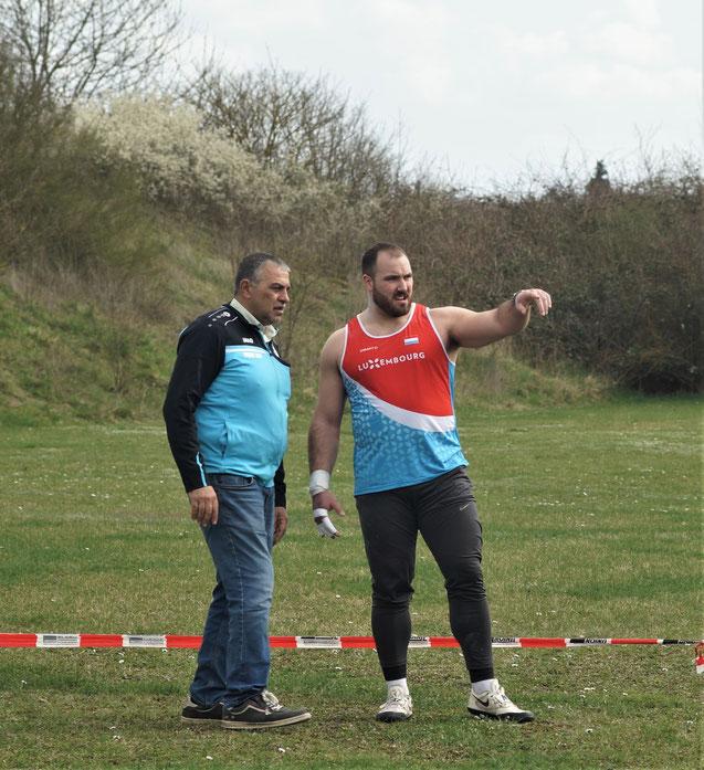 Bob Bertemes (rechts) und dessen Trainer Khalid Alqawati in der Vorbereitungsphase.