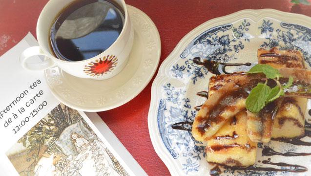 福岡平尾路地裏カフェ