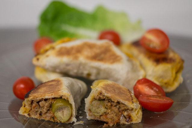 Hat man den Dreh einmal raus, sind die Empanadas schnell zubereitet. Buen provecho!