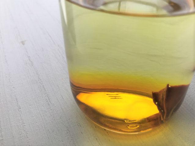 クチナシの実の液の画像