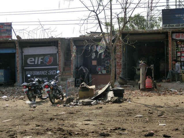 Beste Werkstatt am Platz, Vorort Neu Delhi.