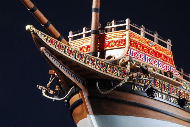精緻を極めた装飾の彫刻「フランダースのガレオン船」(安藤雅浩さん)