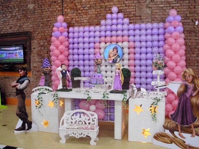 mesa de dulces fiesta rapunzel