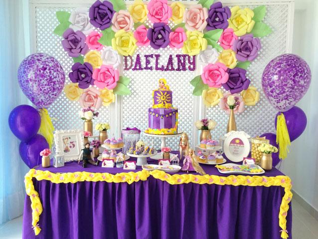mesa de postres fiesta rapunzel