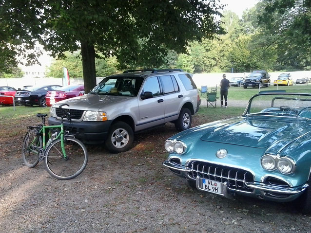 Bild: Street Mag Hamburg, HDW, USA, Corvette, Ford Explorer, US-Cars Treffen