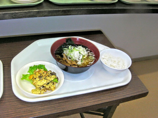 住み込み寮夕食例