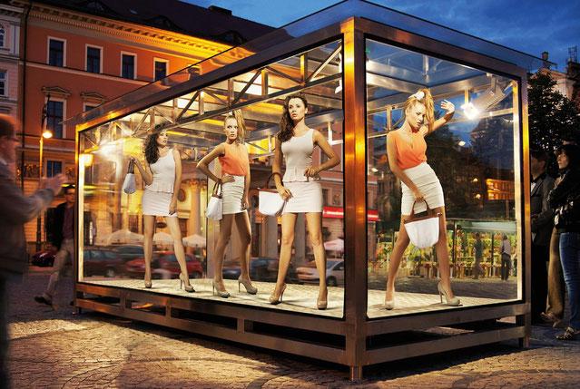 Interessante Shopbeleuchtung von LUXILLO