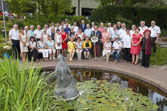 65er-Jahrgänger / Gruppenbild .  .  .  .  . (Foto: S. Belicka)