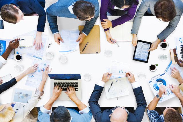 Besprechung Beratungsgespräch, Unternehmensberatung Klagenfurt Österreich, REVICON, Betriebswirtschaft, Monitoring, Reporting, Businesplan, Gebarungsprüfung, Fortbestandsprüfung, Planungsrechnung, Soll-Ist-Vergleich, Kostenrechnung, Investitionen