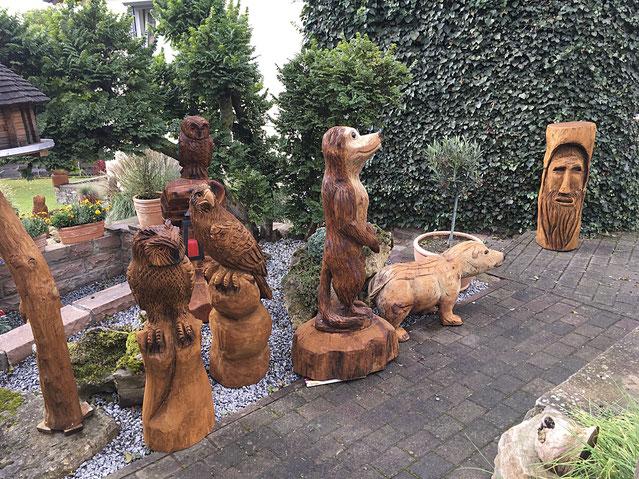 Kettensägenkunst Skulpturenfiguren Für Den Garten