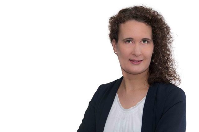 Esther Fusz, Dipl. Betriebswirtin (FH). Personalexpertin aus Kempten. Personalauswahl, Personalentwicklung und Bewerbungstraining