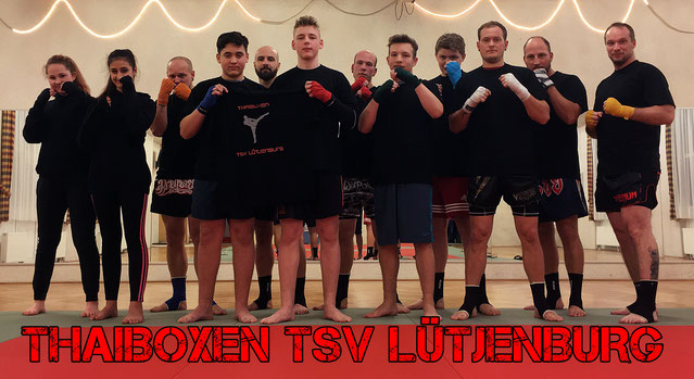 v.l.: Lottoa, Merry, Simon, Igor, Björn, Jascha, Markus, Chris, Zino, Jonas, Paddy & Trainer Manu