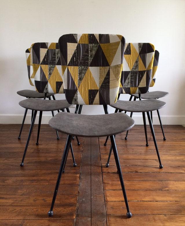 chaises vintage, chaises années 50, pieds compas, pieds métal, chaises jaune