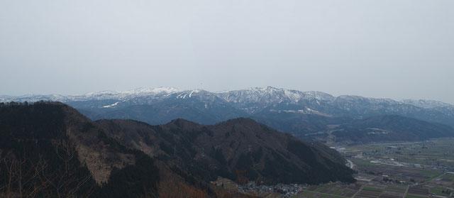 久し振りに見る白山。まず白山を探すこの習性・・・子供の時からのものです