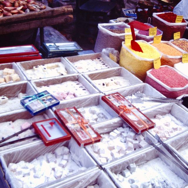 トルコの伝統菓子ロクム