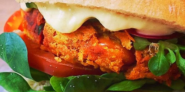 vegan burger from feel food