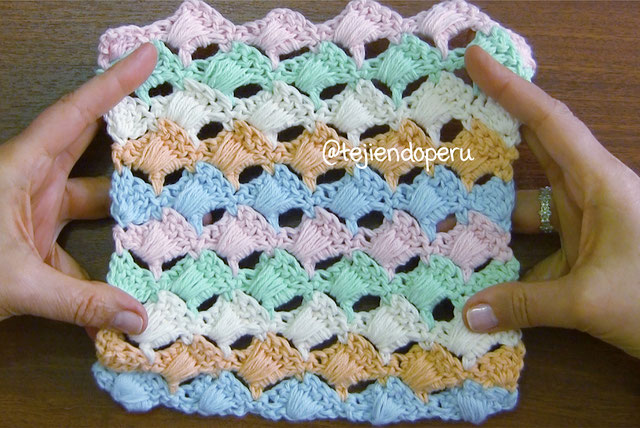 Punto acolchado tejido a crochet