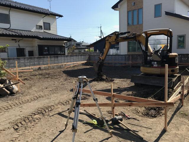 栃木県のバルコニー菜園のある家の家づくりの様子/丁張り