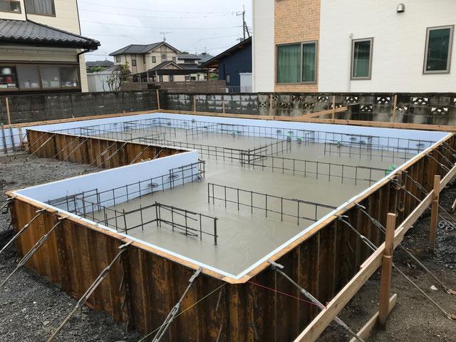 栃木県のバルコニー菜園のある家の家づくりの様子/コンクリートの打設工事