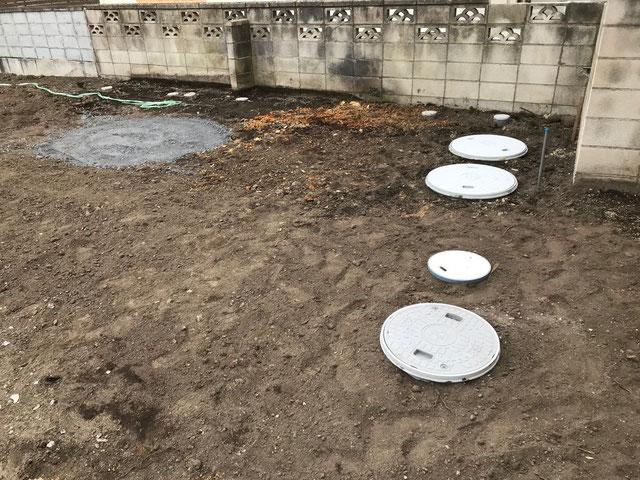 栃木県のバルコニー菜園のある家の家づくりの様子/配管工事
