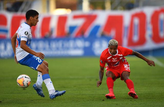La dernière fois que Yesus Cabrera (à droite) et l'América de Cali avaient joué un match, c'était le 10 mars dernier chez l'Universidad Catolica (1-2). Ils retrouveront la Libertadores ce mercredi sur le terrain de l'Internacional.