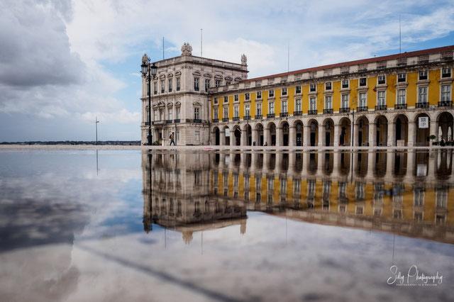 Portugal / Lissabon / Altstadt, Spiegelung, 2016, © Silly Photography