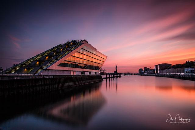 Hamburg / Dockland, 2015, Sonnenuntergang, Langzeitbelichtung, © Silly Photography