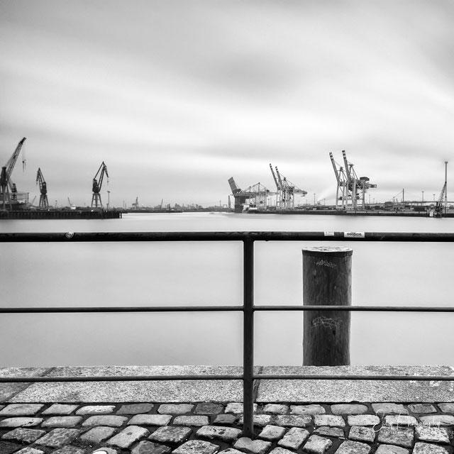 Hamburg / Hamburger Hafen, Langzeitbelichtung, © Silly Photography