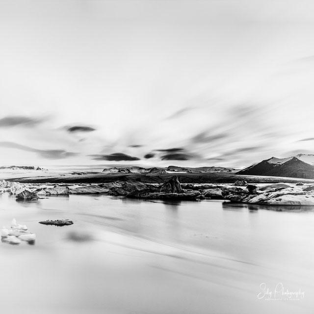Island, Jökulsárlón, Gletscherlagune, Langzeitbelichtung, 2015, © Silly Photography