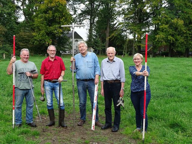 Die Arbeitsgruppe (von links) Günter Kooiker, Benno Sager, Henk Kamp, Swier Knief und Anne-Rita Kuiper.