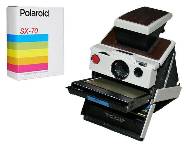 SX-70 Spiegelreflex-Kamera und  SX-70 Filmpackung