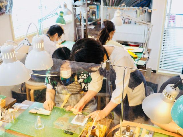 レザークラフト教室ヨコハマセリエ東京青山教室型紙作り
