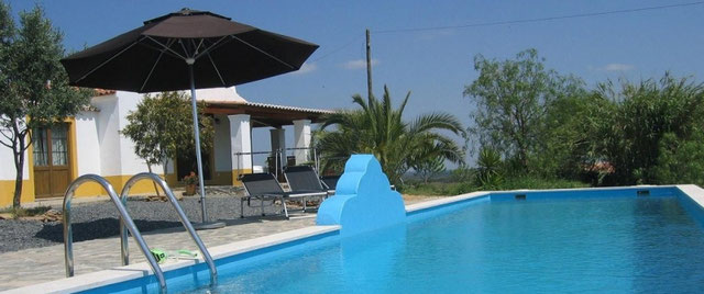 Mooi vakantiehuis in de provincie Alentejo (Portugal) midden in de natuur met zwembad nabij de zee!