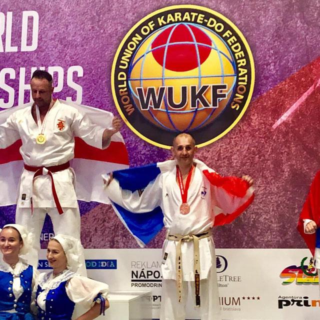 Sylvain PARROT sur le podium au championnat du Monde WUKF 2019 à Bratislava en Slovaquie