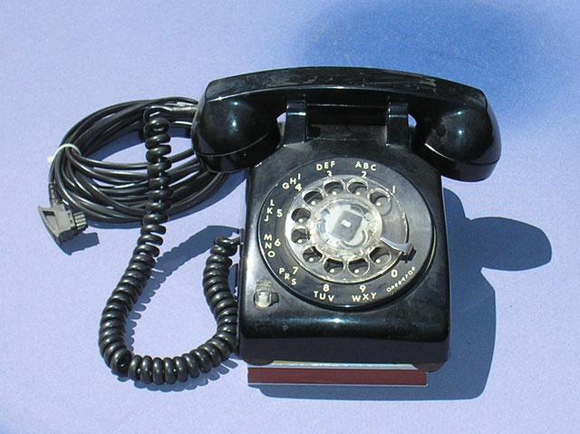 ZB Telefon mit Wählscheibe von ITT - USA Fertigungsjahr 1986