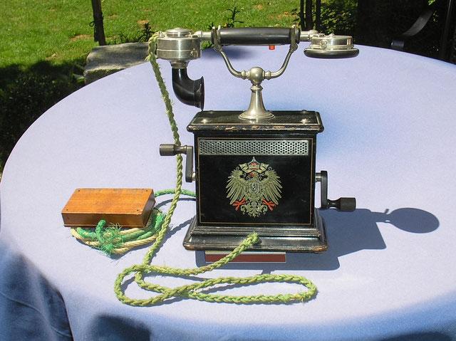 OB Telefon Modell OB 05 Fertigungsjahr 1905 Neufeld & Kuhnke - Kiel