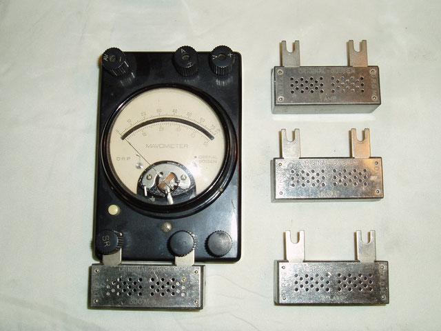 Gossen  Universal Messgerät Mavometer mit  Zusatzwiderstände