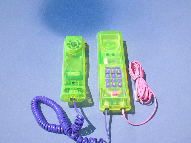 Swatch Twin Phone Modell – Deluxe - Transparent grün.