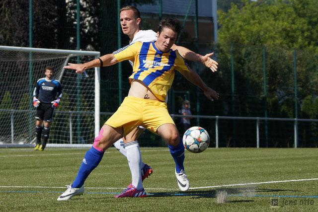 Schnappschüsse zum Spiel bei den Sportfreunden Blau Gelb Marburg
