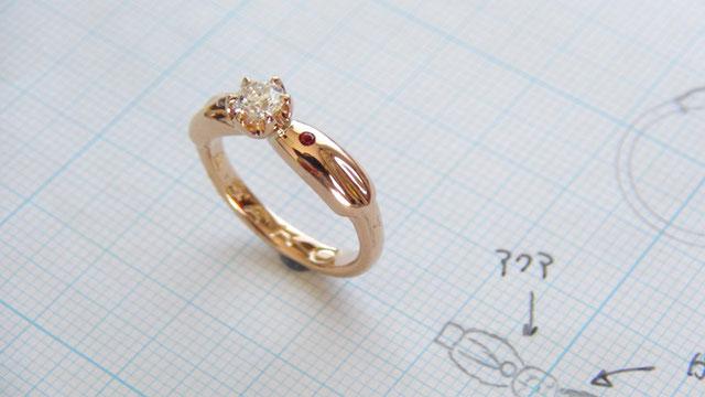 K18PGダイヤモンド婚約指輪「Twin Candle」
