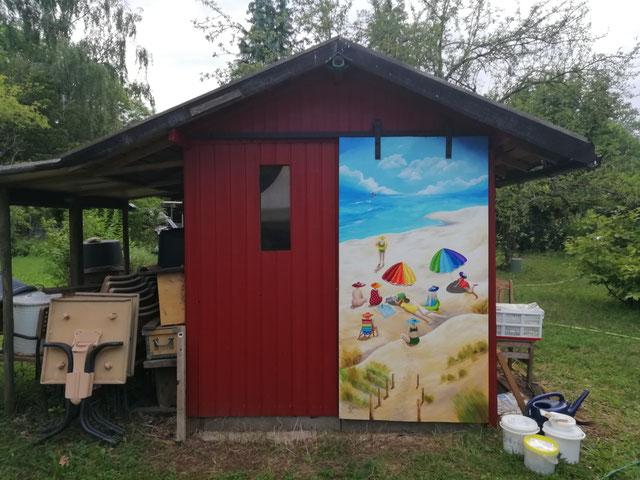 Auftrag am Gartenhaus installiert als Schiebetür