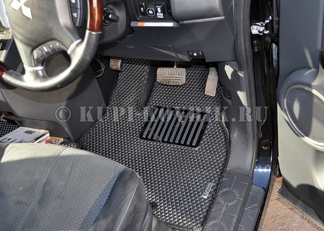 Коврики Mitsubishi DELICA D5