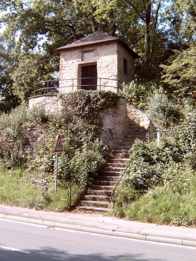 Heiligenhäuschen in Erkrath. Quelle: Wikipedia, Urheber: Tirkon (unter GNU-Lizenz)